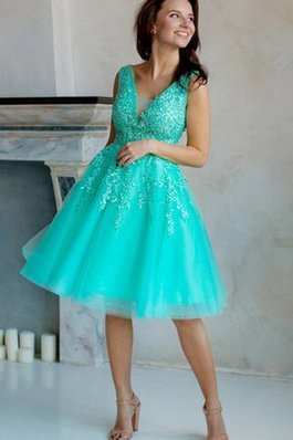 Abito Homecoming con Applique V-Scollo con Perline A-Line in Tulle