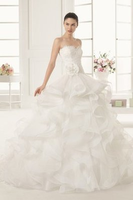 Abito da Sposa Pudica in Pizzo Puffy Ball Gown All Aperto