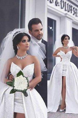 Abito da Sposa Senza Maniche Cuore Coda A Strascico Cappella con Perline Naturale