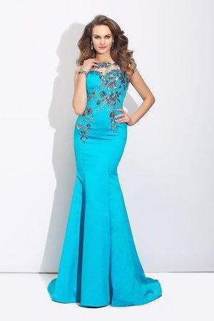 mio vestito è stato acquistato in una vendita di esempio e l ho leggermente  modificata 9529ef5445c